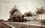 Dworzec i  szkoła - boisko w budowie -spica