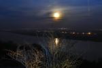 Księżyc nad Wisłą.